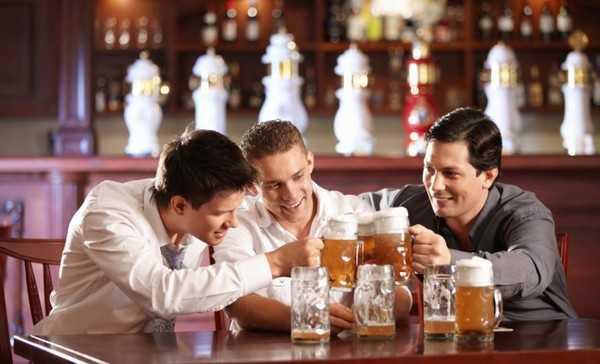 Moi ngay mot lon bia, khoi di bac si hinh anh 1