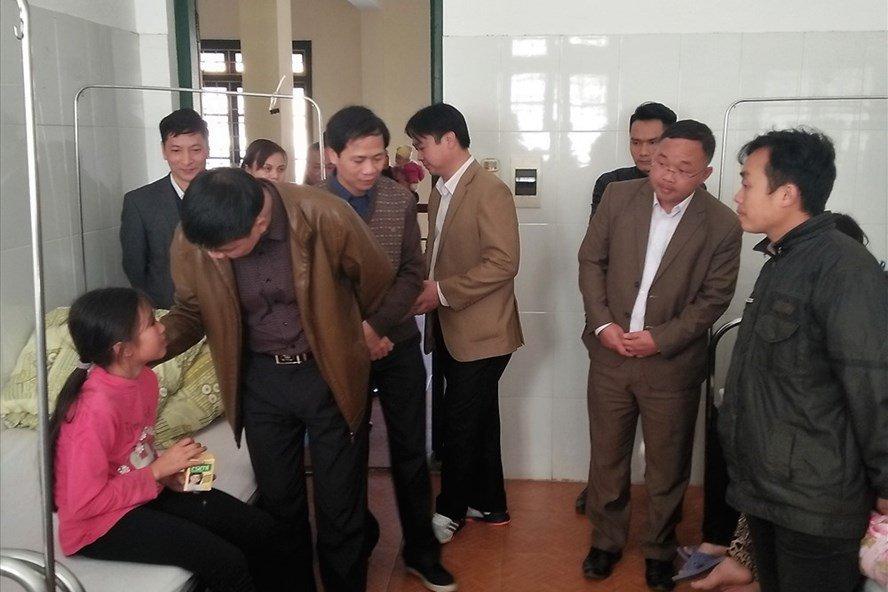 9 hoc sinh o Bac Kan hung du bat thuong: Ket luan nguyen nhan chung benh dang so hinh anh 1
