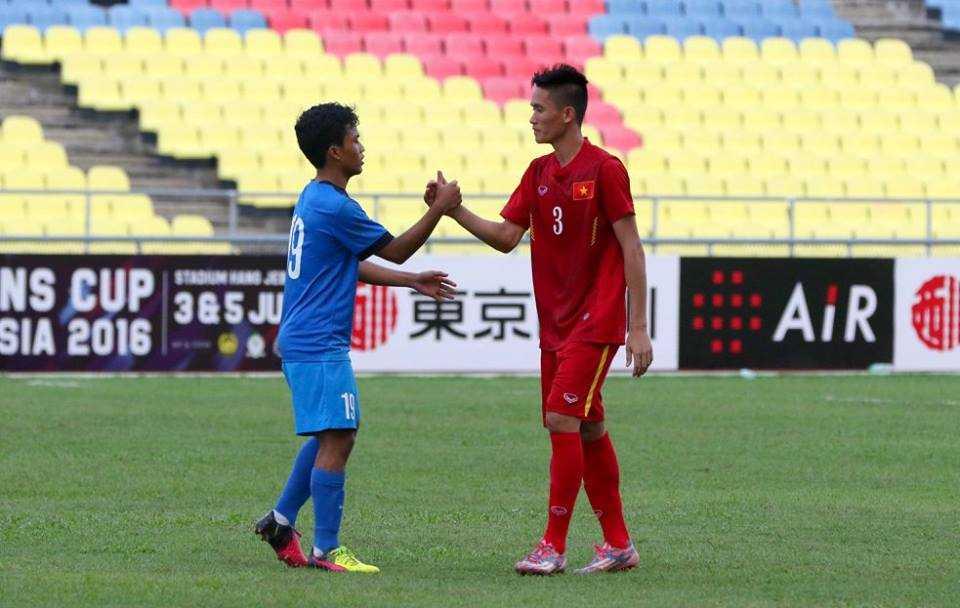 Chum anh: U21 Viet Nam thang kich tinh U21 Singpore hinh anh 19