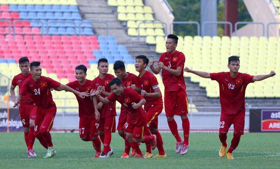 Chum anh: U21 Viet Nam thang kich tinh U21 Singpore hinh anh 18