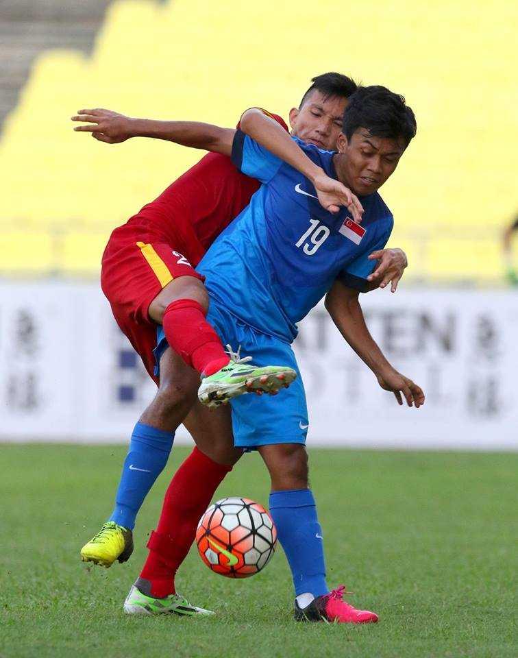 Chum anh: U21 Viet Nam thang kich tinh U21 Singpore hinh anh 6