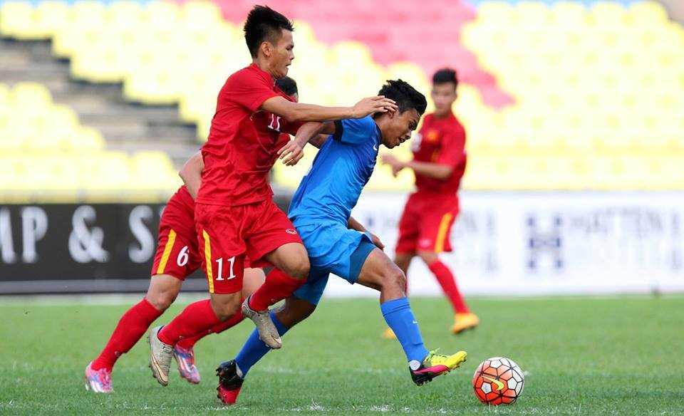 Chum anh: U21 Viet Nam thang kich tinh U21 Singpore hinh anh 9