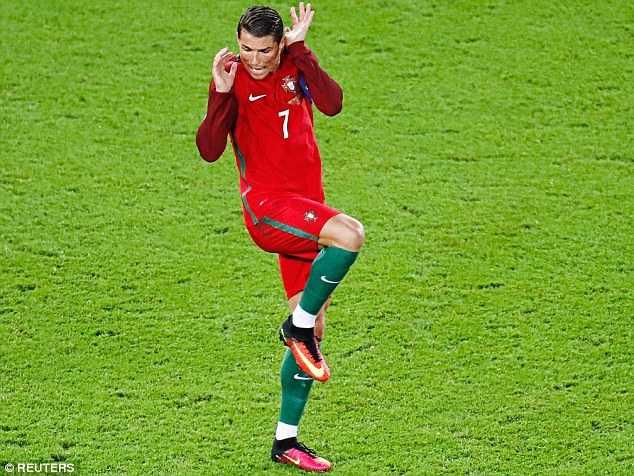 Ronaldo: Yen tam, toi se ghi ban tro lai hinh anh 1