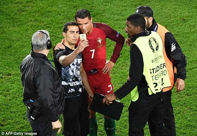 Ronaldo: Yen tam, toi se ghi ban tro lai hinh anh 6