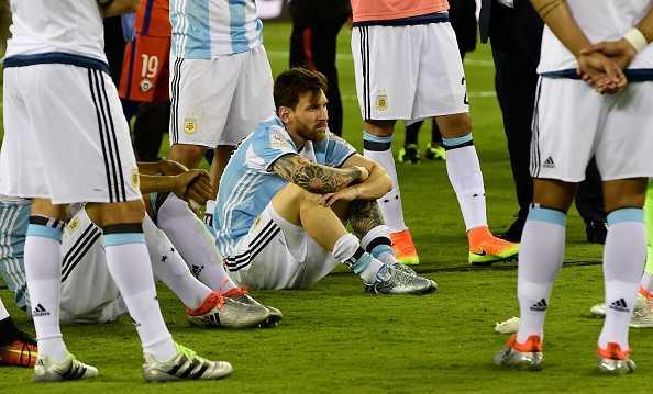 Messi khoc nuc no, buoc toi ban than khien Argentina bai tran hinh anh 4