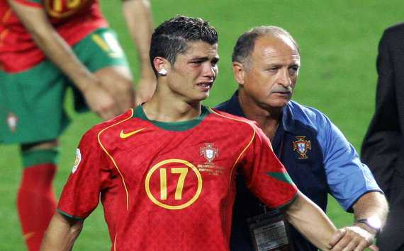 Thay cu Ronaldo ung cu HLV truong DT Anh hinh anh 2