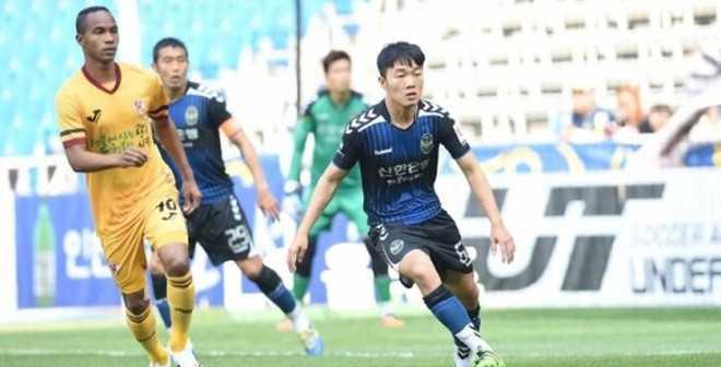 Xuan Truong lap cu dup tai Giai R-League 2016 hinh anh 2