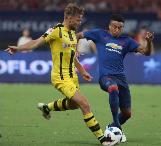 Thi dau nhat nhoa, Manchester United dai bai truoc Dortmund hinh anh 3