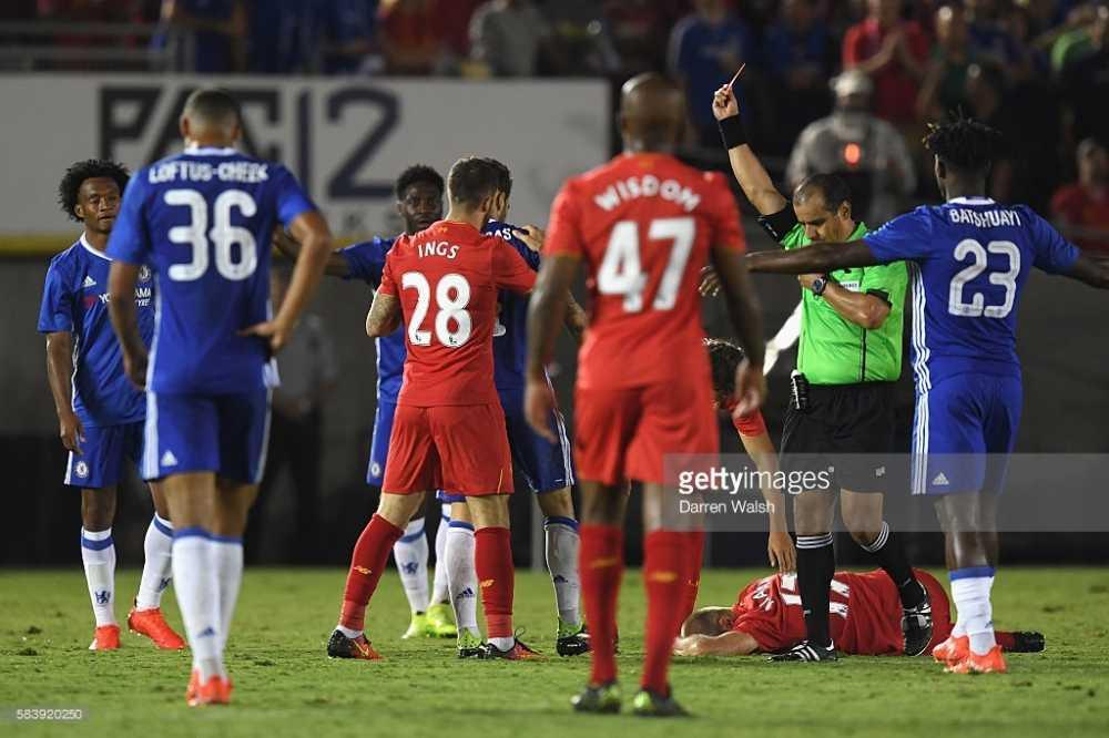 Choi thieu nguoi, Chelsea van danh bai Liverpool hinh anh 3