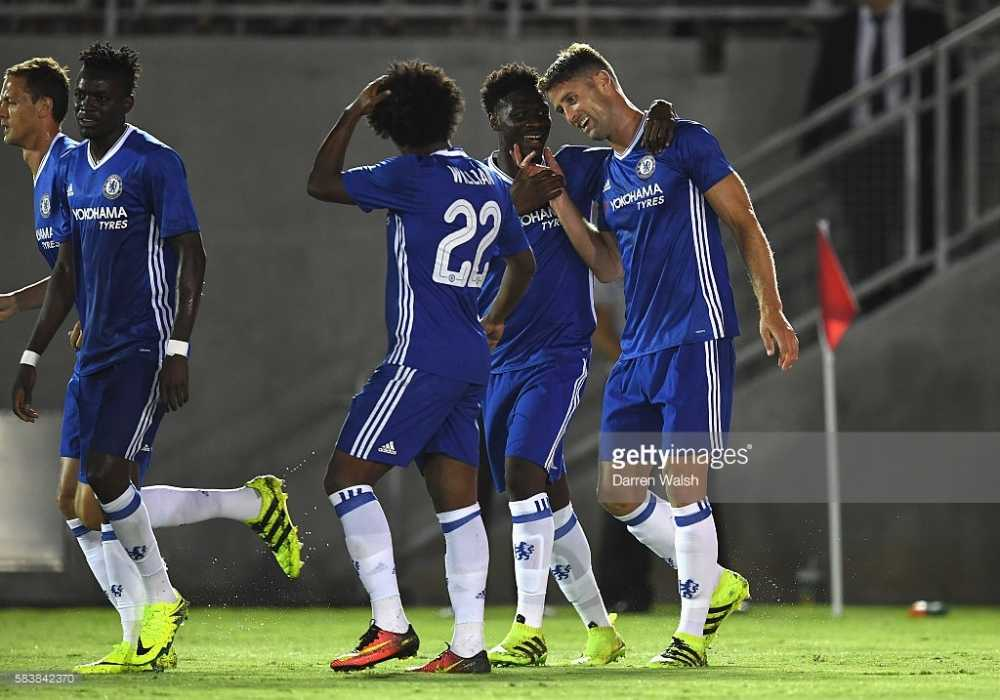 Choi thieu nguoi, Chelsea van danh bai Liverpool hinh anh 2