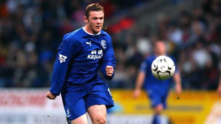 Rooney di vao lich su Facebook hinh anh 1