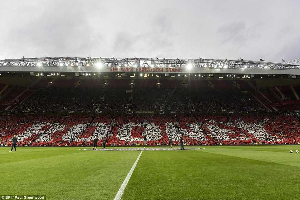 Manchester United hoa te nhat trong tran cau lich su cua Facebook hinh anh 10