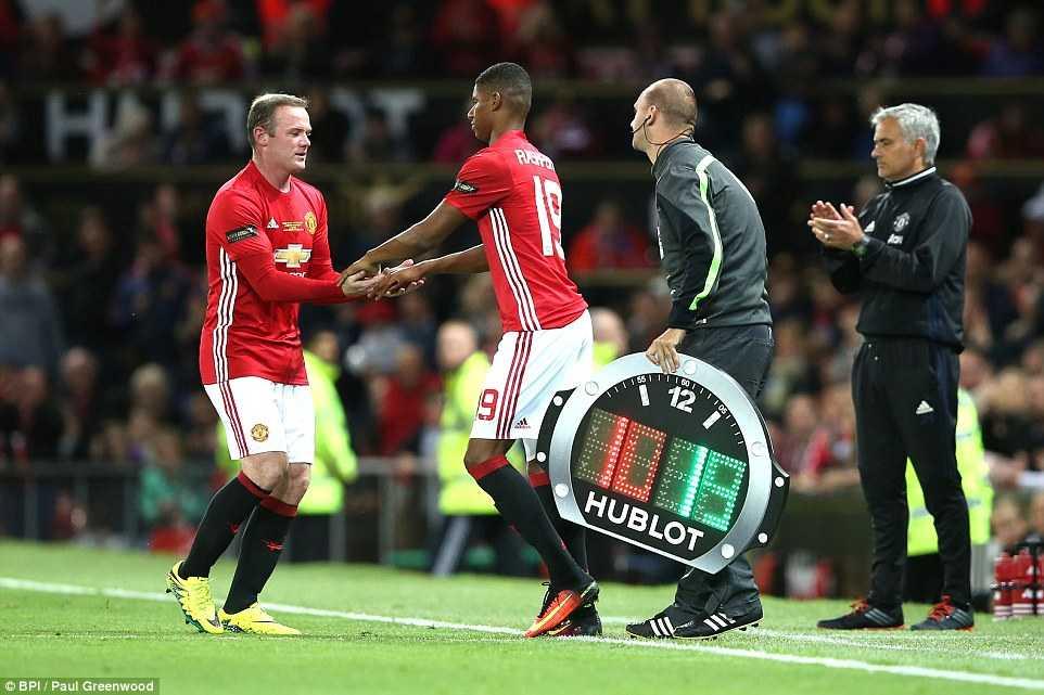 Manchester United hoa te nhat trong tran cau lich su cua Facebook hinh anh 5