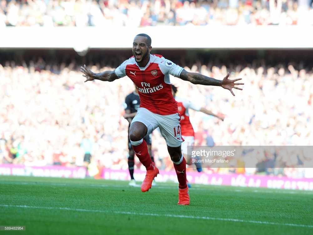 Cong lam thu pha, Arsenal guc nga truoc Liverpool trong con mua ban thang hinh anh 2