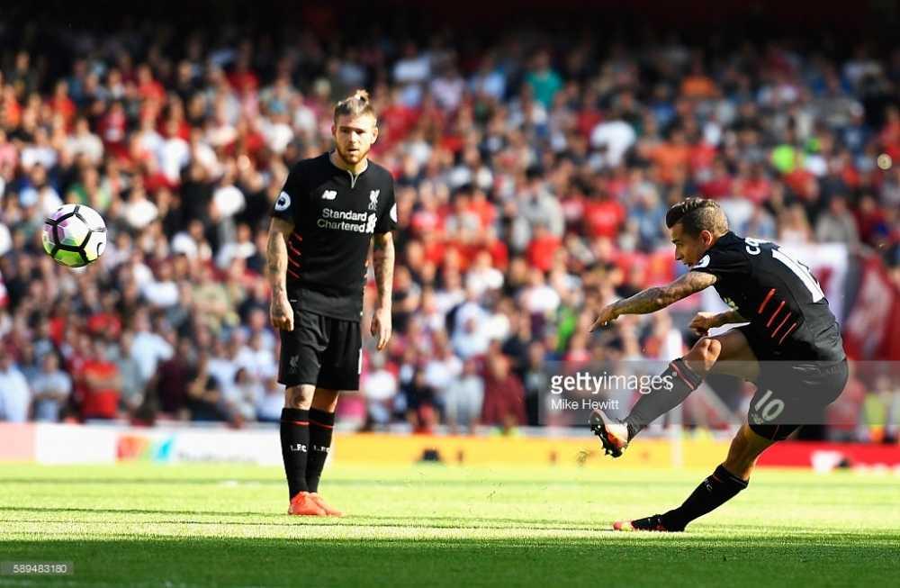 Cong lam thu pha, Arsenal guc nga truoc Liverpool trong con mua ban thang hinh anh 3