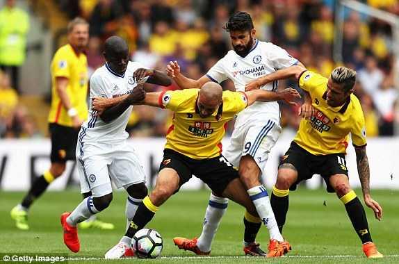 Tan binh lap cong, Chelsea nguoc dong an tuong ha Watford hinh anh 1