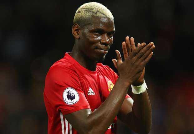 Paul Pogba ra mat, Manchester United co chien thang dau tay tren san nha hinh anh 1
