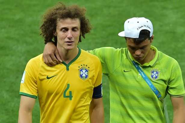 David Luiz tro lai Chelsea: So phan va hoai nghi hinh anh 3