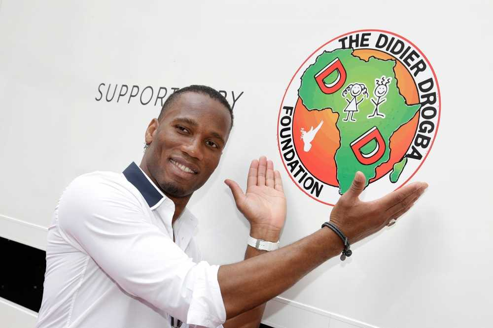 Quy tu thien cua Didier Drogba bi nghi ngo che giau thong tin hinh anh 1