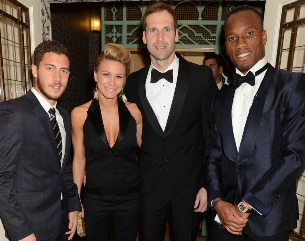 Quy tu thien cua Didier Drogba bi nghi ngo che giau thong tin hinh anh 2