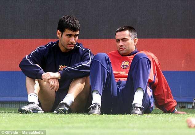 Jose Mourinho vs Pep Guardiola: Tu dong minh den ke thu truyen kiep hinh anh 2