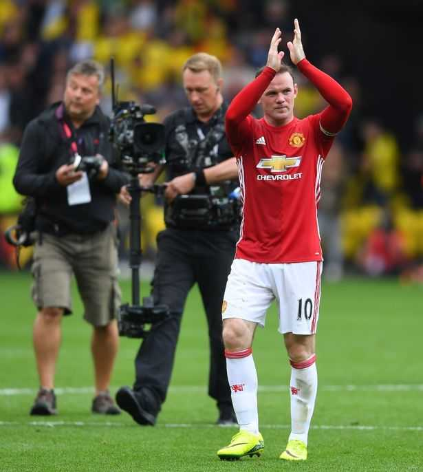 Rooney choi te the nao trong that bai cua Manchester United? hinh anh 2