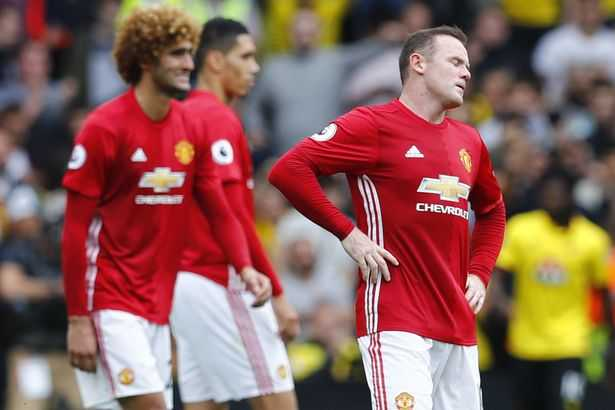 Rooney choi te the nao trong that bai cua Manchester United? hinh anh 3