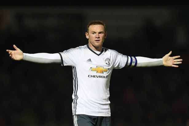 Jose Mourinho canh bao Rooney: Lay lai phong do hoac ngoi du bi hinh anh 1