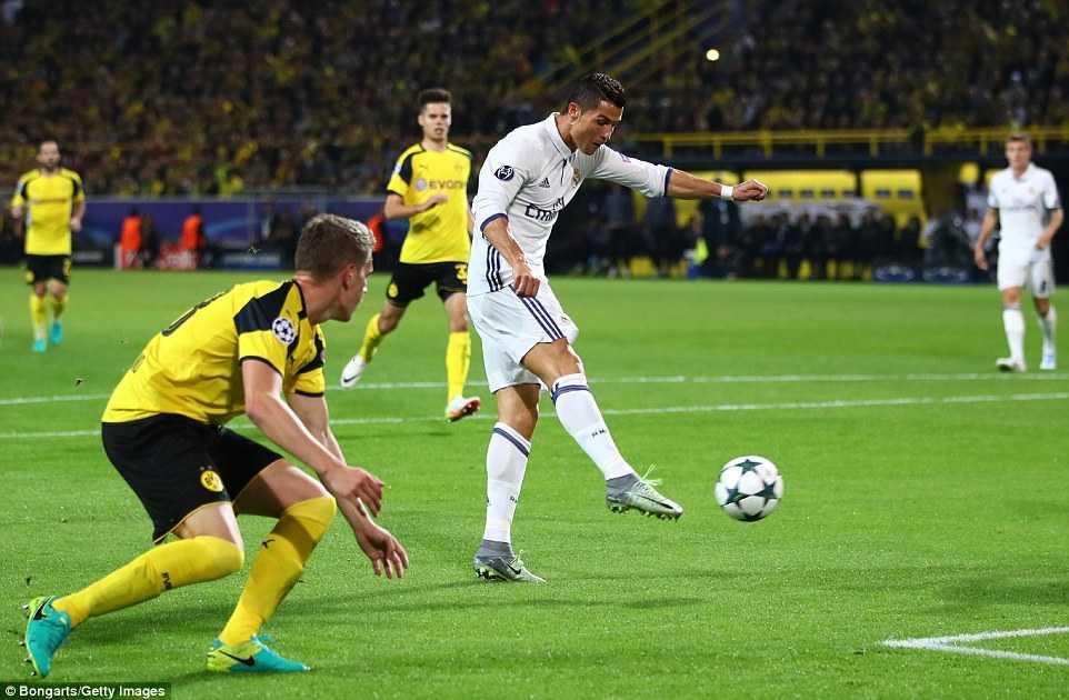 Ket qua Champions League: Real Madrid chia diem kich tinh, Leicester City tiep tuc thang hoa hinh anh 2