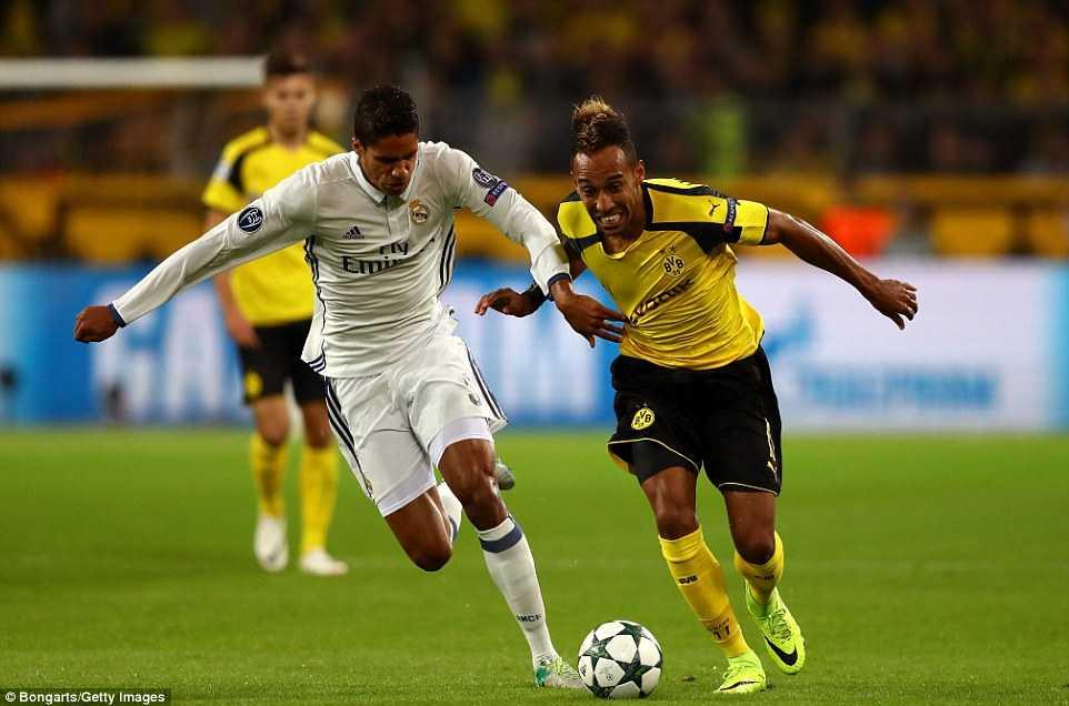 Ket qua Champions League: Real Madrid chia diem kich tinh, Leicester City tiep tuc thang hoa hinh anh 3