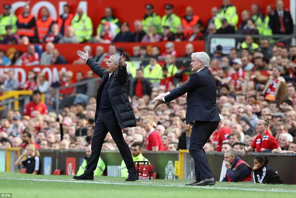 Mourinho: Manchester United da co tran dau hay nhat mua nay hinh anh 1