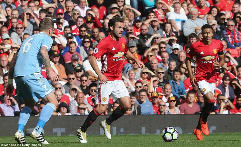 Mourinho: Manchester United da co tran dau hay nhat mua nay hinh anh 3