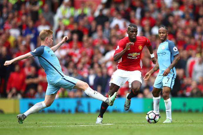 Paul Pogba khoi dau te hai khong ngo o Manchester United hinh anh 3