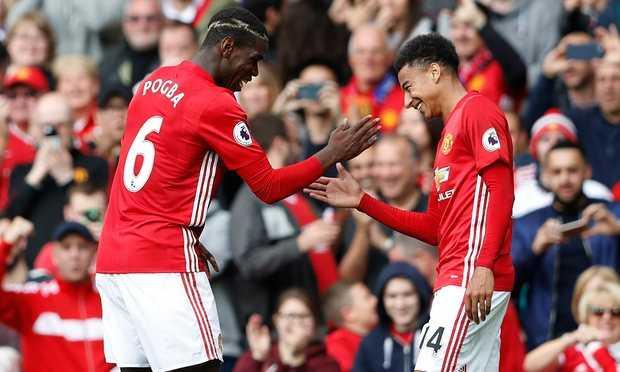 Paul Pogba khoi dau te hai khong ngo o Manchester United hinh anh 4