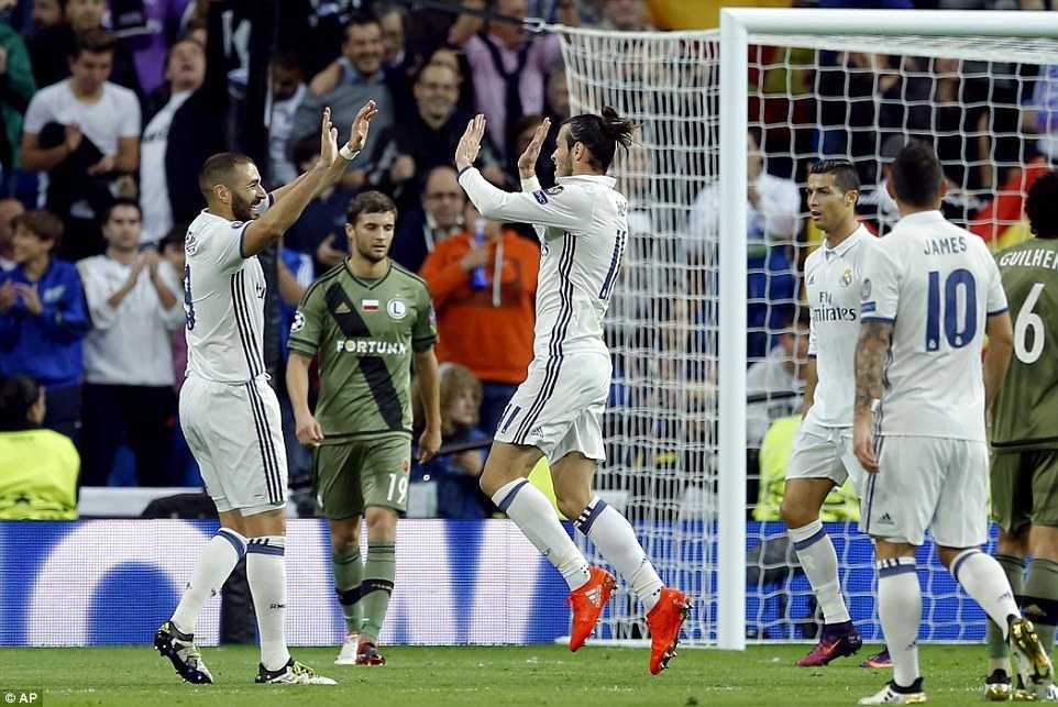 Ket qua bong da Champions League: Real Madrid thang dam, Leicester viet tiep cau chuyen than tien hinh anh 1