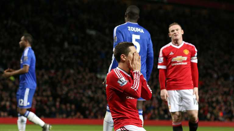 Dai chien Chelsea - Manchester United: Nong tren tung met co hinh anh 1