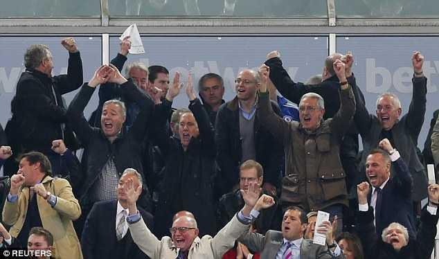 Mourinho can hieu: Co may chien thang phai duoc nuoi bang chien thang hinh anh 2