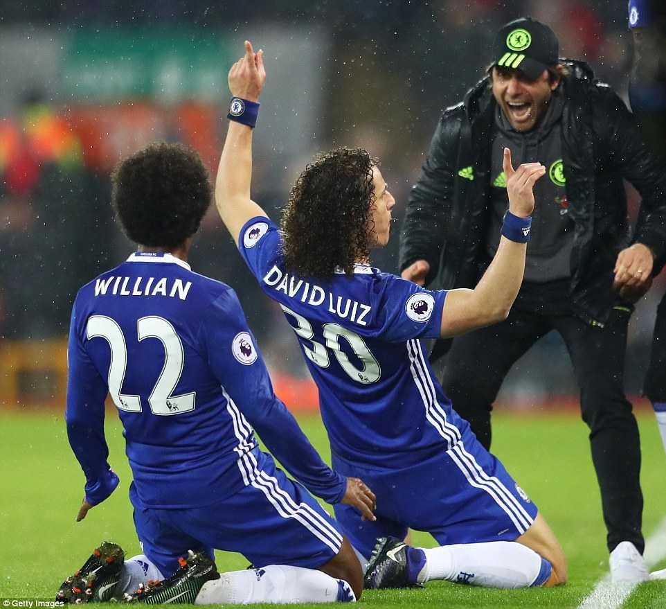 David Luiz lau ca ghi ban cho Chelsea the nao? hinh anh 1