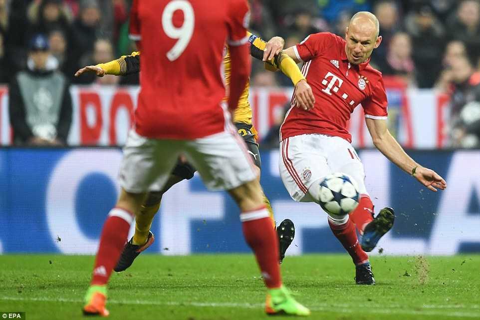 Ket qua Champions League: Bayern ghi 5 ban vao luoi Arsenal hinh anh 1