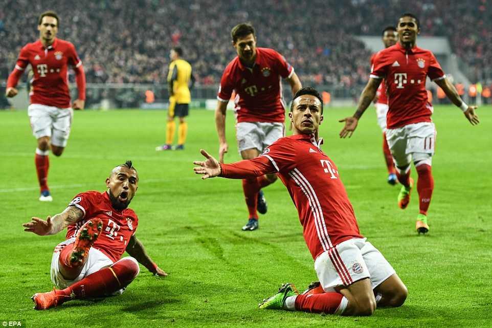 Ket qua Champions League: Bayern ghi 5 ban vao luoi Arsenal hinh anh 2