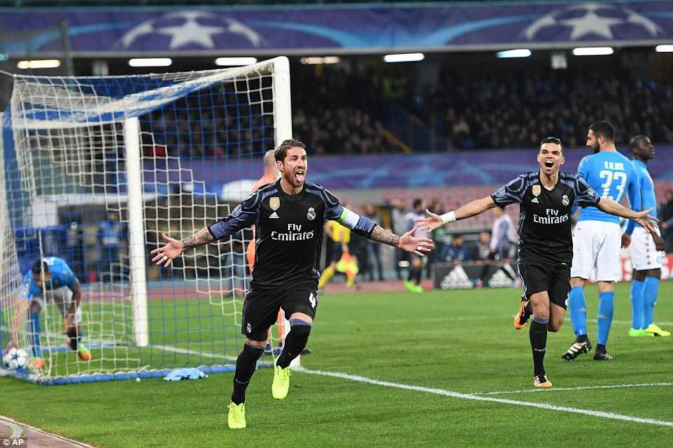 Video Napoli vs Real : Sergio Ramos va cu danh dau lam nen thuong hieu hinh anh 4