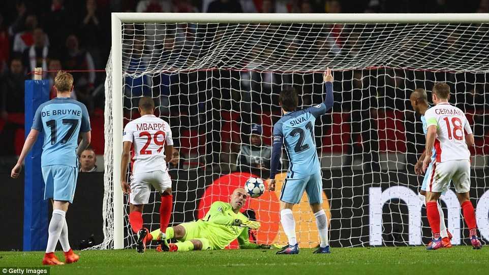 Ket qua Champions League: Vui dap Man City, Monaco thang tien vao tu ket hinh anh 2