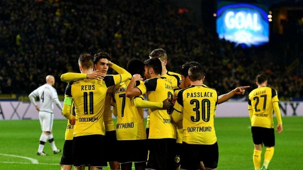 Tu ket cup C1: Juventus bao thu Barca, Dortmund thang hoa cam xuc hinh anh 3