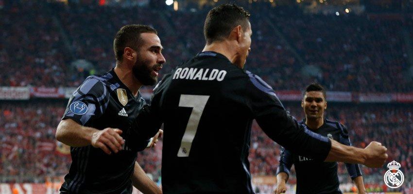 Ronaldo, Mbappe dua nhau pha ky luc Champions League hinh anh 1
