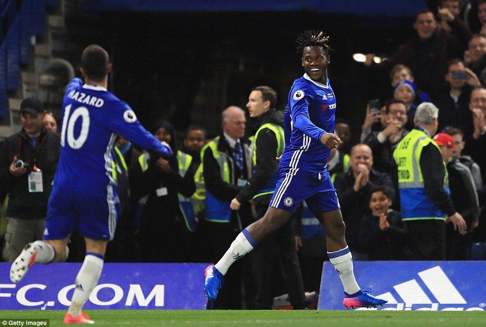Video ket qua Chelsea vs Watford: Chelsea thang tran dau voi tu cach 'duong kim vo dich' hinh anh 1
