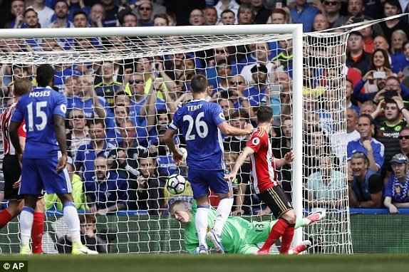 Video ket qua Chelsea vs Sunderland: Chelsea thang gion gia ngay nang cup vo dich Ngoai hang Anh hinh anh 1