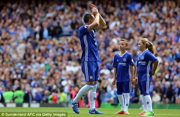 Video ket qua Chelsea vs Sunderland: Chelsea thang gion gia ngay nang cup vo dich Ngoai hang Anh hinh anh 2