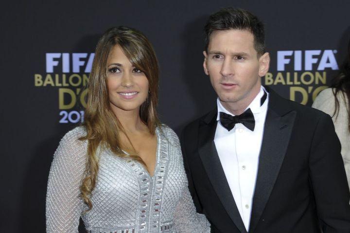 Vi sao Messi khong moi sep Barca du dam cuoi? hinh anh 1