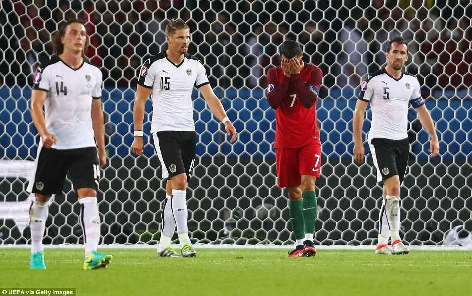 Tin tuc Euro 19/6: Da hong 11m, Ronaldo nhan trach nhiem truoc ca doi hinh anh 1
