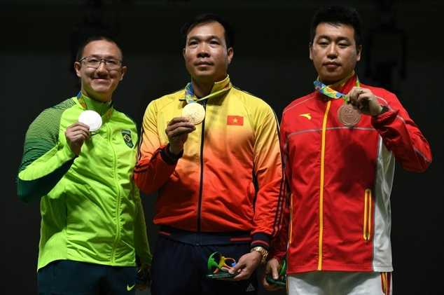 Hoang Xuan Vinh vuot nghich canh, gianh HCV Olympic hinh anh 2